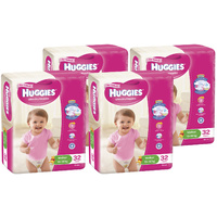 Huggies Walker Girl 4 x 32's